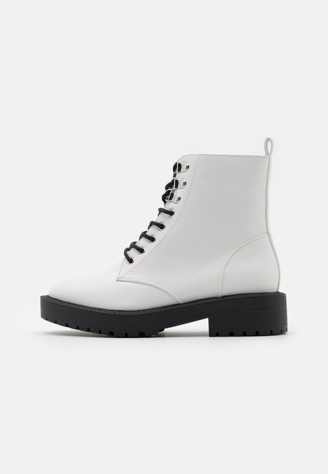 MAGIC LACE UP BOOT - Bottines à lacets - white