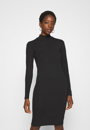 JDYAVA LIFE TURTLENECK DRESS - Žerzejové šaty - black