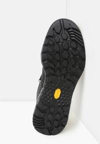 The North Face - M HEDGEHOG HIKE II MID WP - Botki sznurowane - tnf black/graphite grey - 4