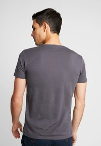 Esprit - 2 PACK - Basic T-shirt - anthracite - 2