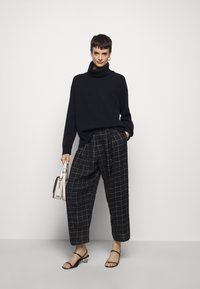 Filippa K - MOLLY ROLL NECK  - Trui - navy - 1