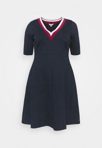 Tommy Hilfiger Curve - Jersey dress - blue - 0