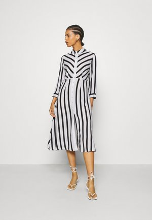 YASSAVANNA  - Blousejurk - black/white