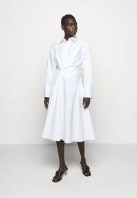 AKNVAS - SOPHIE - Robe chemise - white - 0