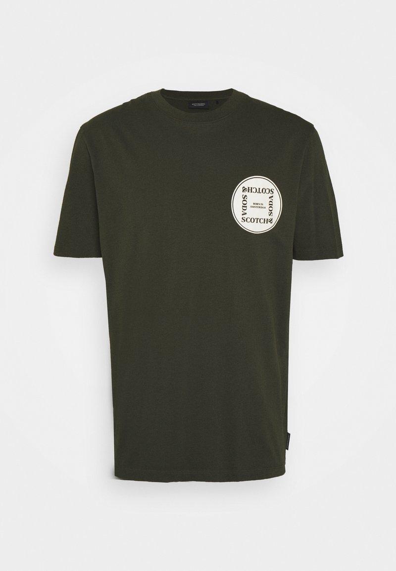 Scotch & Soda - GRAPHIC LOGO - T-shirt con stampa - uniform green