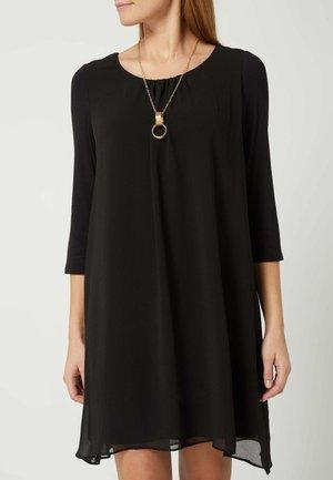 DOUBLE LAYER LOOK MIT SCHMUCKDETAIL - Jersey dress - schwarz