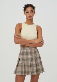 PULL&BEAR - A-snit nederdel/ A-formede nederdele - rose - 0