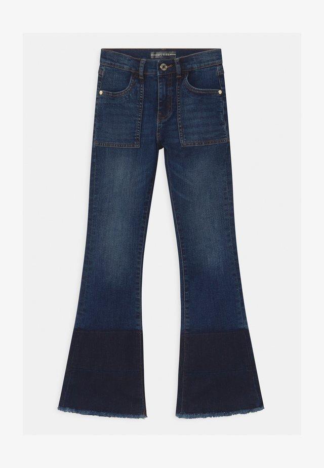 JUNIOR FASHION FIT - Jeans bootcut - blue denim