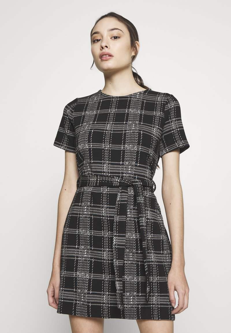 New Look Petite - CHECK BELTED TUNIC - Jumper dress - black