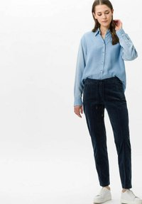 BRAX - STYLE MAREEN - Trousers - faded blue - 1