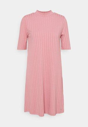 DRESS - Jumper dress - cozy rose