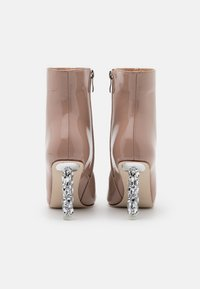 BEBO - ODELIA - Classic ankle boots - nude - 3