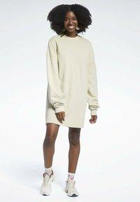 Reebok Classic - REEBOK CLASSICS NATURAL DYE OVERSIZE CREW DRESS - Jersey dress - beige - 0