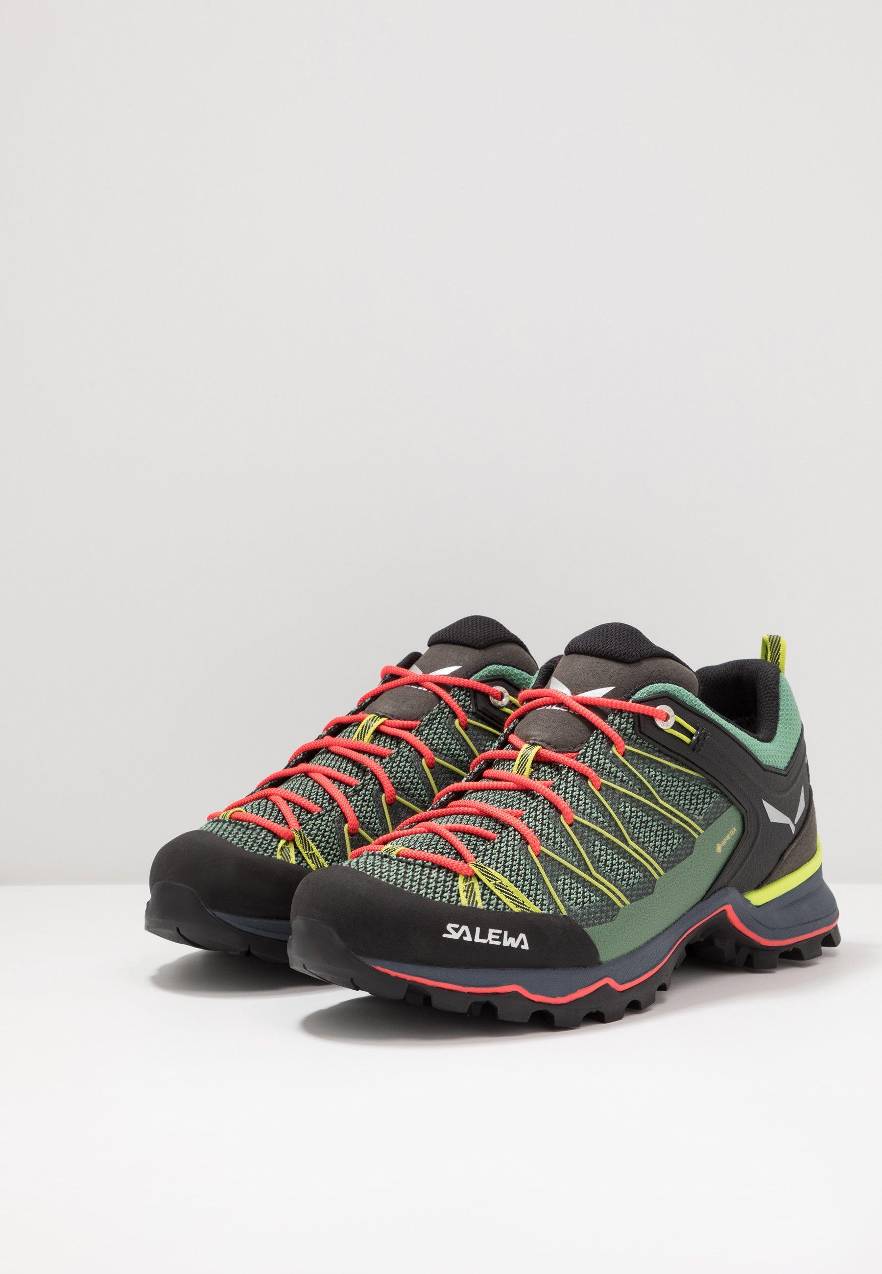 Salewa Mtn Trainer Lite Gtx - Chaussures De Marche Feld Green/fluo Coral