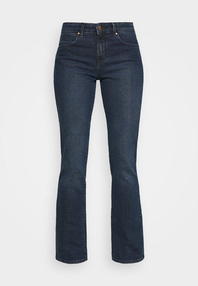 BOOTCUT - Bootcut jeans - bonfire blue