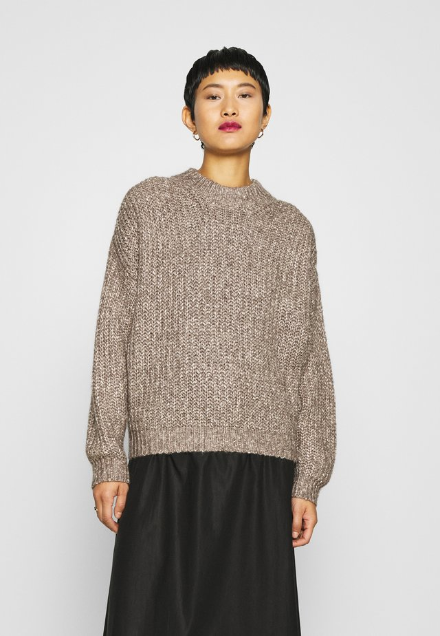 PAVILLA O-NECK - Pullover - ginger root