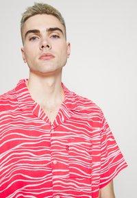 Levi's® - CUBANO SHIRT - Koszula - paradise pink - 3