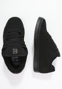 Etnies - Trainers - black dirty wash - 1