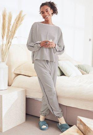 Pyjama set - grey