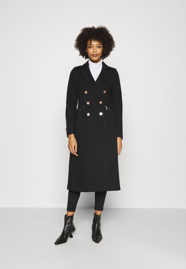 CHAIN DETAIL MAXI - Classic coat - black
