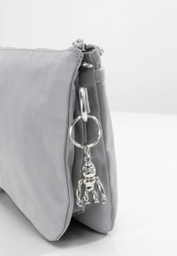 Kipling - RIRI - Across body bag - natural grey - 5