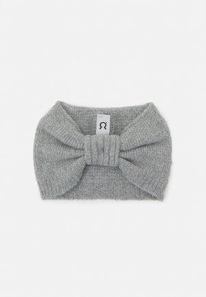 AMELIA - Muts - grey calce