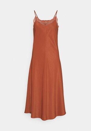 BCFIE DRESS  - Korte jurk - etruscan red