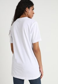 Merchcode - EQUALITY DEFINITION TEE - Print T-shirt - white - 2