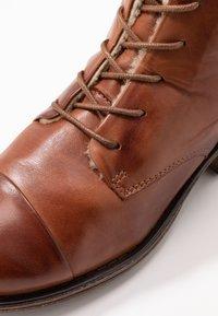 Anna Field - LEATHER WINTER BOOTIES - Zimní obuv - cognac - 2
