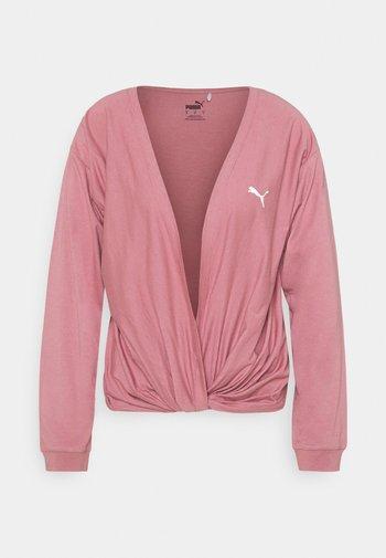 PAMELA REIF X PUMA COLLECTION OVERLAY CREW - Långärmad tröja - mesa rose