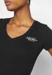 Pepe Jeans - Basic T-shirt - black - 5