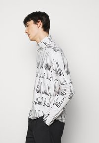 Paul Smith - GENTS ROLL NECK ARCHIVE LOGO PRINT - Long sleeved top - white/black - 3