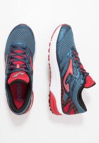 Joma - VICTORY - Obuwie do biegania treningowe - dark blue/red - 1