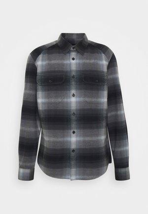 PHASMO - Košile - blau