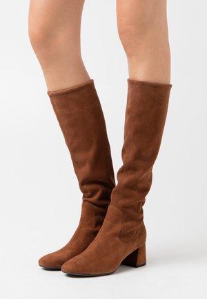 BRITT - Boots - cognac