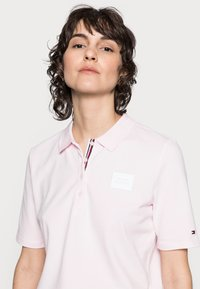 Tommy Hilfiger - POLOS - Polo shirt - light pink - 3