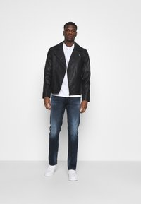 Replay - GROVER BIO - Straight leg jeans - dark blue - 1