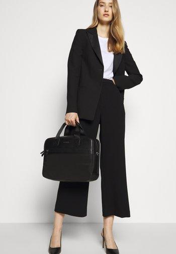 ZIP SPORT UNISEX - Briefcase - black