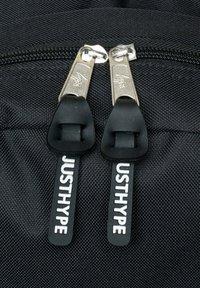 Hype - Školní taška - black - 4