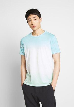 DIPE DYE TEE - T-shirt con stampa - green