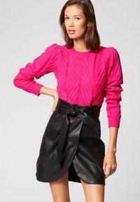Morgan - Pullover - neon pink - 0
