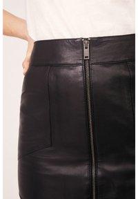 Kookai - Pencil skirt - noir - 2