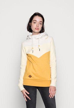 TREGA - Sweatshirt - yellow