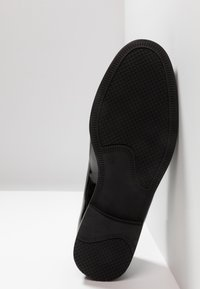 Topman - PRINCE PATENT LOAFER - Mocassini eleganti - black - 4
