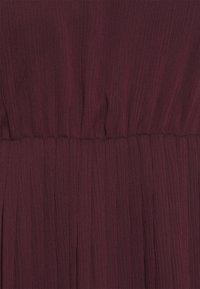 VILA PETITE - VIKALINA PLISSE DRESS - Maxi dress - winetasting - 2