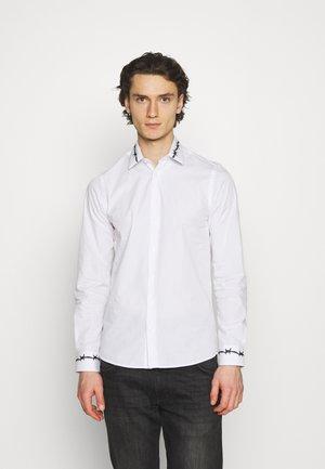 BARB - Skjorta - white