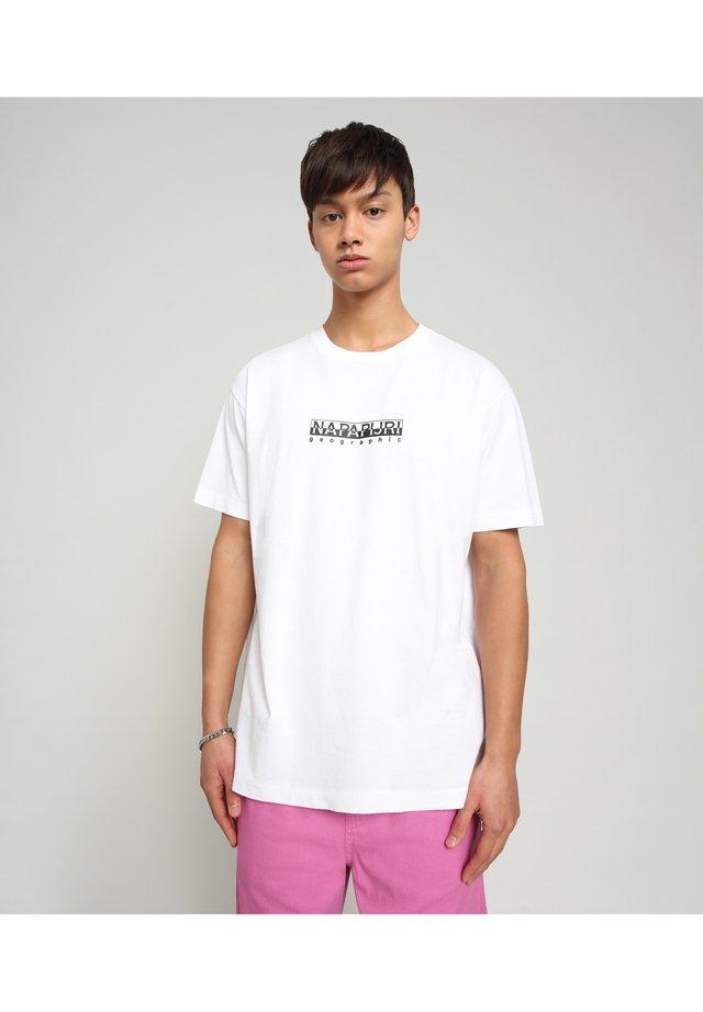 S-BOX   - T-shirt med print - bright white