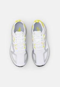 adidas Originals - ZX 2K BOOST UNISEX - Trainers - footwear white/grey one/acid yellow - 3
