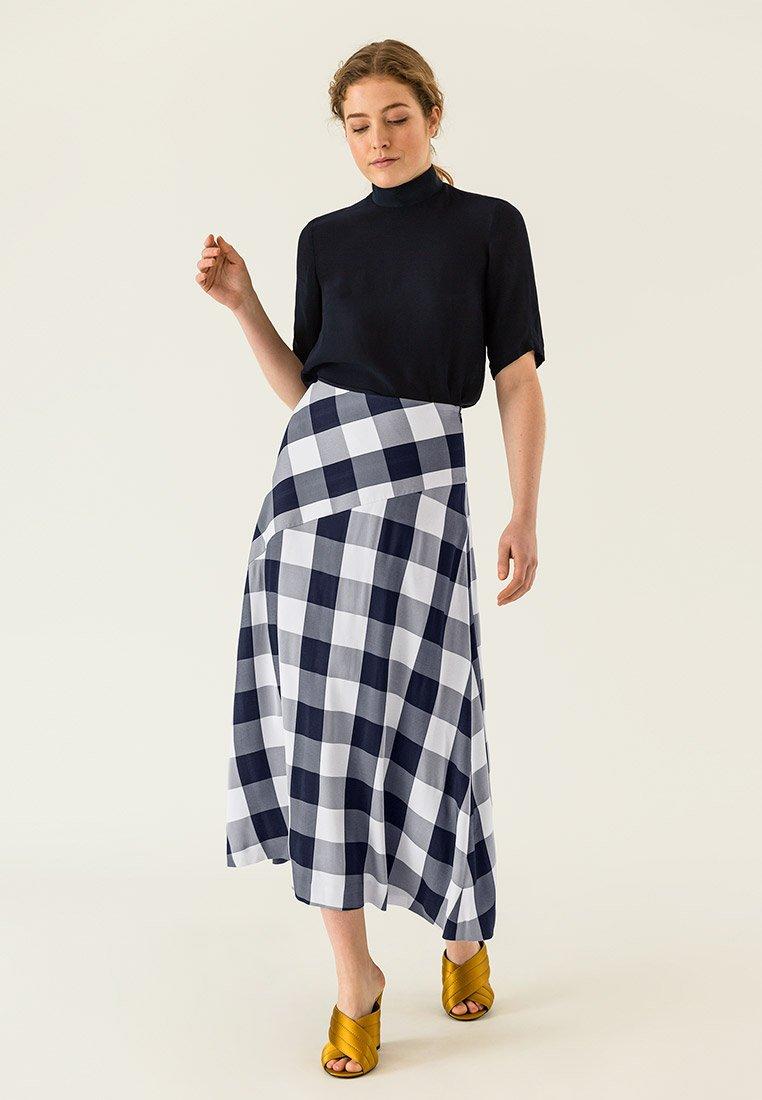 IVY & OAK - Maxi skirt - navy blue