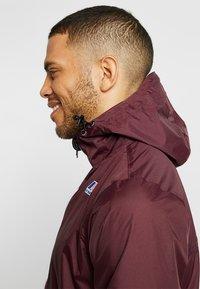 K-Way - CLAUDE LE VRAI UNISEX - Summer jacket - red - 4